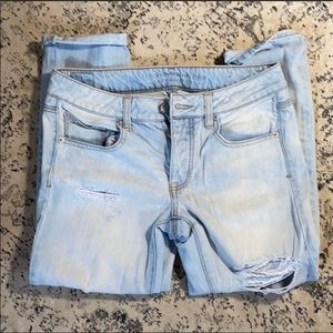 American Eagle boy cropped jeans